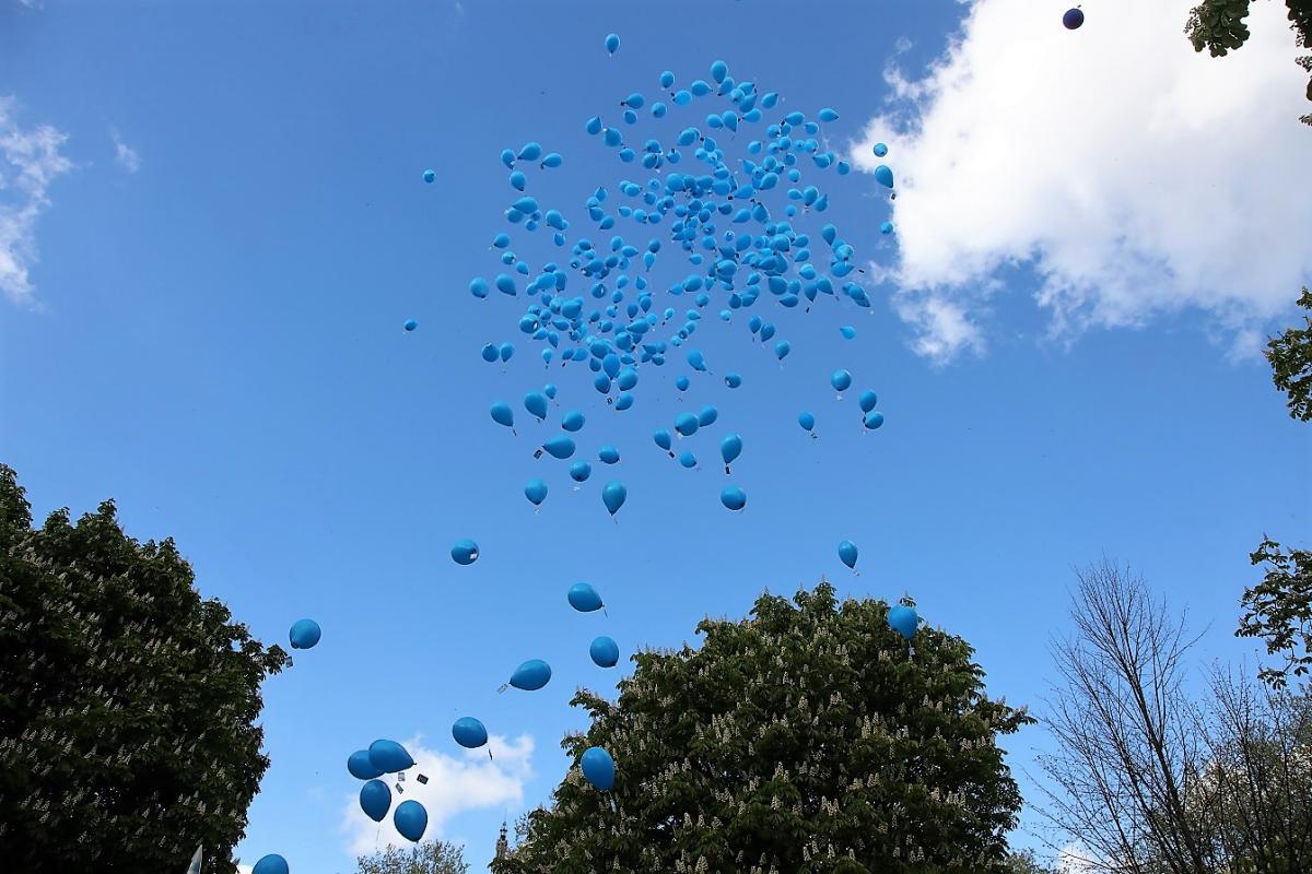 2018 04 25 ca j aimemes2parents lacherdeballons lille revu 48